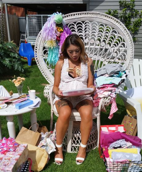 Baby Shower 14 Opening Presents Peacock Chair